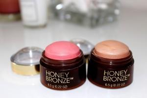 The Body Shop Honey Bronze Glow Domes