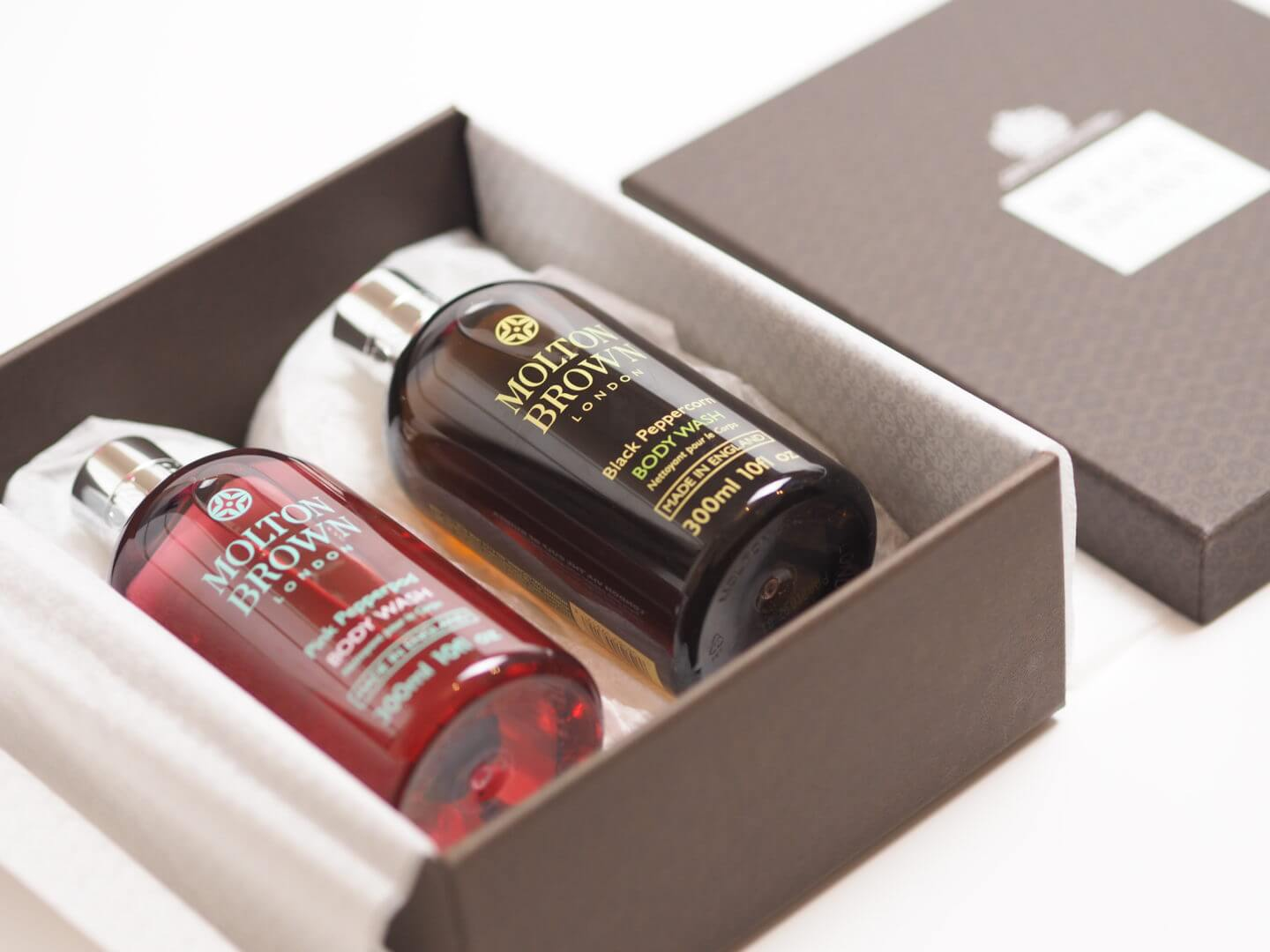 Molton Brown Pink Peppercorn and Black Peppercorn - tips to relax when planning a wedding
