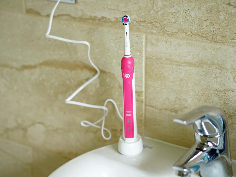 Oral-B Pro 2500 Toothbrush